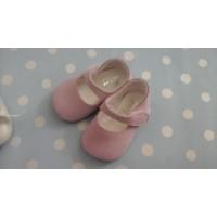 zapato ante rosa palo. NOA BABY