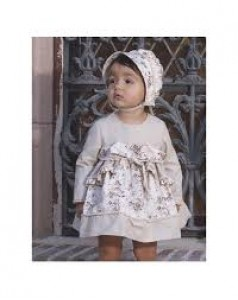 vestido beig con capota NEKENIA 1711008